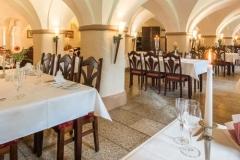 06-Gewölberestaurant
